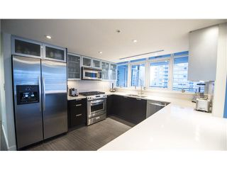 "Photo 10: 1702 1205 W HASTINGS Street in Vancouver: Coal Harbour Condo for sale in ""CIELO"" (Vancouver West)  : MLS®# V1131445"