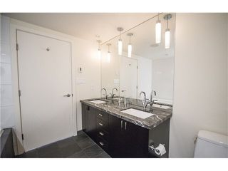 """Photo 17: 1702 1205 W HASTINGS Street in Vancouver: Coal Harbour Condo for sale in """"CIELO"""" (Vancouver West)  : MLS®# V1131445"""