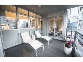 "Photo 18: 1702 1205 W HASTINGS Street in Vancouver: Coal Harbour Condo for sale in ""CIELO"" (Vancouver West)  : MLS®# V1131445"