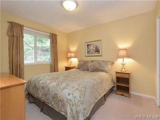 Photo 13: 2324 Evelyn Hts in VICTORIA: VR Hospital Single Family Detached for sale (View Royal)  : MLS®# 713463