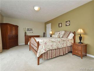 Photo 10: 2324 Evelyn Hts in VICTORIA: VR Hospital Single Family Detached for sale (View Royal)  : MLS®# 713463