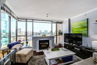 Photo 2: 807 1575 W 10TH Avenue in Vancouver: Fairview VW Condo for sale (Vancouver West)  : MLS®# R2029744