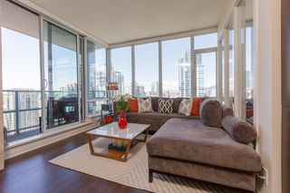 "Photo 2: 2909 833 HOMER Street in Vancouver: Downtown VW Condo for sale in ""ATELIER"" (Vancouver West)  : MLS®# R2068183"