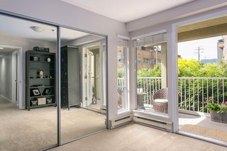 """Photo 9: 1445 WALNUT Street in Vancouver: Kitsilano Townhouse for sale in """"KITS POINT"""" (Vancouver West)  : MLS®# R2090104"""