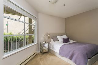 """Photo 6: 1445 WALNUT Street in Vancouver: Kitsilano Townhouse for sale in """"KITS POINT"""" (Vancouver West)  : MLS®# R2090104"""