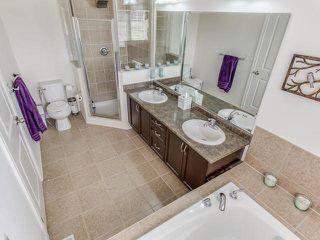 Photo 4: 9 Dufay Road in Brampton: Northwest Brampton House (2-Storey) for sale : MLS®# W3555319