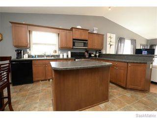 Photo 15: 4800 ELLARD Way in Regina: Single Family Dwelling for sale (Regina Area 01)  : MLS®# 584624