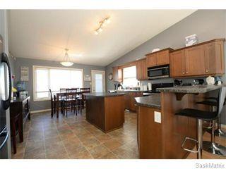 Photo 10: 4800 ELLARD Way in Regina: Single Family Dwelling for sale (Regina Area 01)  : MLS®# 584624