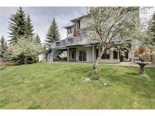 Photo 20: 126 HAWKVIEW MANOR Court NW in Calgary: 2 Storey Split for sale : MLS®# C3525353