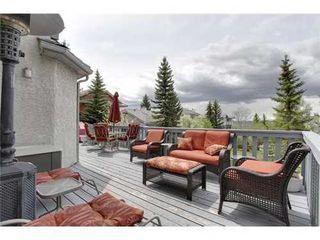 Photo 17: 126 HAWKVIEW MANOR Court NW in Calgary: 2 Storey Split for sale : MLS®# C3525353