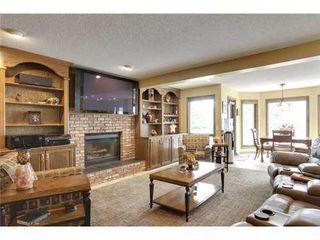 Photo 6: 126 HAWKVIEW MANOR Court NW in Calgary: 2 Storey Split for sale : MLS®# C3525353