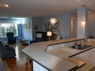 Photo 3: 203 950 LORNE STREET in : South Kamloops Apartment Unit for sale (Kamloops)  : MLS®# 137729