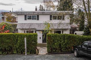 Photo 1: 33054 6TH Avenue in Mission: Mission BC House for sale : MLS®# R2124891