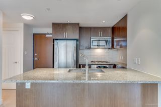 "Photo 4: 1007 2978 GLEN Drive in Coquitlam: North Coquitlam Condo for sale in ""Grand Central One"" : MLS®# R2125381"