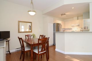 Photo 8: 44 2422 HAWTHORNE Avenue in Port Coquitlam: Central Pt Coquitlam Townhouse for sale : MLS®# R2136928