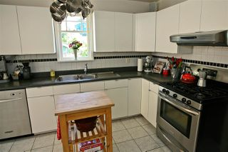 Photo 9: 3012 W 14TH Avenue in Vancouver: Kitsilano House for sale (Vancouver West)  : MLS®# R2149932