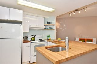 """Photo 9: 402 2023 FRANKLIN Street in Vancouver: Hastings Condo for sale in """"Leslie Point"""" (Vancouver East)  : MLS®# R2152702"""