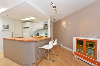 """Photo 7: 402 2023 FRANKLIN Street in Vancouver: Hastings Condo for sale in """"Leslie Point"""" (Vancouver East)  : MLS®# R2152702"""