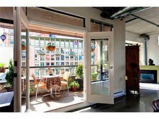 Photo 3: 505 28 POWELL Street in Vancouver East: Home for sale : MLS®# V962880