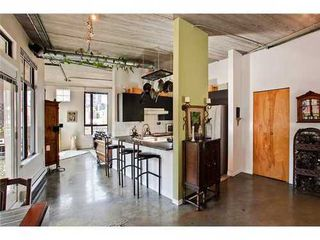 Photo 2: 505 28 POWELL Street in Vancouver East: Home for sale : MLS®# V962880