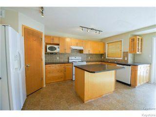 Photo 4: 1136 Comdale Avenue in Winnipeg: Fairfield Park Residential for sale (1S)  : MLS®# 1708853