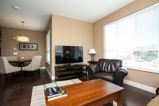 "Photo 4: 317 3192 GLADWIN Road in Abbotsford: Central Abbotsford Condo for sale in ""BROOKLYN"" : MLS®# R2162188"