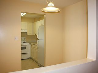 """Photo 12: 206 9946 151 Street in Surrey: Guildford Condo for sale in """"Westchester Place"""" (North Surrey)  : MLS®# R2169746"""