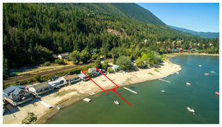 Photo 1: 2 334 Tappen Beach Road in Tappen: Fraser Bay House for sale : MLS®# 10138843