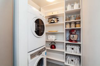 """Photo 10: E2 1100 W 6TH Avenue in Vancouver: Fairview VW Townhouse for sale in """"FAIRVIEW PLACE"""" (Vancouver West)  : MLS®# R2189422"""