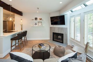 """Photo 2: E2 1100 W 6TH Avenue in Vancouver: Fairview VW Townhouse for sale in """"FAIRVIEW PLACE"""" (Vancouver West)  : MLS®# R2189422"""