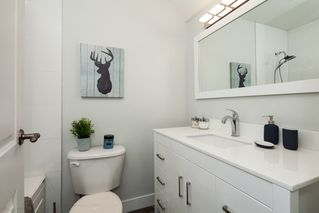 """Photo 18: E2 1100 W 6TH Avenue in Vancouver: Fairview VW Townhouse for sale in """"FAIRVIEW PLACE"""" (Vancouver West)  : MLS®# R2189422"""