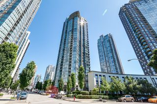 "Photo 1: 2301 1438 RICHARDS Street in Vancouver: Yaletown Condo for sale in ""AZURA I"" (Vancouver West)  : MLS®# R2194979"