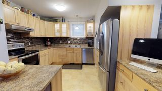 Photo 6: Beautiful remodeled 1.5 storey home for sale in the heart of West Kildonan