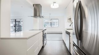 "Photo 3: 103 127 E 4TH Street in North Vancouver: Lower Lonsdale Condo for sale in ""BELLA VISTA"" : MLS®# R2237782"