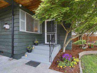 Photo 3: 1686 ENDERBY AVENUE in Delta: Beach Grove House for sale (Tsawwassen)  : MLS®# R2211903