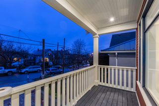 """Photo 2: 2009 CHARLES Street in Vancouver: Grandview VE House for sale in """"COMMERCIAL DRIVE"""" (Vancouver East)  : MLS®# R2245227"""