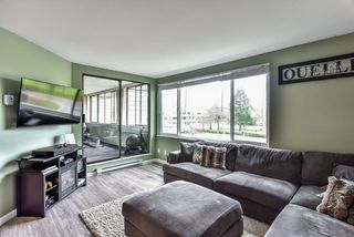 Photo 4: 207 15272 19 AVENUE in Surrey: King George Corridor Condo for sale (South Surrey White Rock)  : MLS®# R2237850