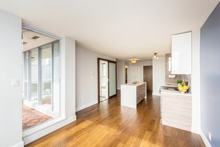 "Photo 12: 1610 550 TAYLOR Street in Vancouver: Downtown VW Condo for sale in ""The Taylor"" (Vancouver West)  : MLS®# R2251836"