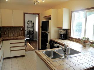 Photo 7: 291 Marshall Bay in Winnipeg: West Fort Garry Residential for sale (1Jw)  : MLS®# 1811853