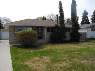 Photo 1: 291 Marshall Bay in Winnipeg: West Fort Garry Residential for sale (1Jw)  : MLS®# 1811853