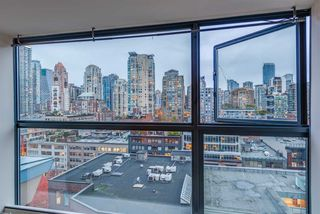 "Photo 16: 1404 238 ALVIN NAROD Mews in Vancouver: Yaletown Condo for sale in ""PACIFIC PLAZA"" (Vancouver West)  : MLS®# R2318751"