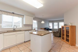 """Photo 8: 273 13888 70 Avenue in Surrey: East Newton Townhouse for sale in """"Chelsea Gardens"""" : MLS®# R2321990"""