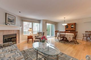 """Photo 3: 273 13888 70 Avenue in Surrey: East Newton Townhouse for sale in """"Chelsea Gardens"""" : MLS®# R2321990"""