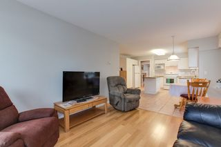 """Photo 13: 273 13888 70 Avenue in Surrey: East Newton Townhouse for sale in """"Chelsea Gardens"""" : MLS®# R2321990"""