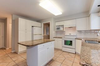 """Photo 6: 273 13888 70 Avenue in Surrey: East Newton Townhouse for sale in """"Chelsea Gardens"""" : MLS®# R2321990"""