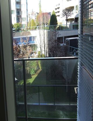 "Photo 9: 205 3080 GLADWIN Road in Abbotsford: Central Abbotsford Condo for sale in ""HUDSON LOFT"" : MLS®# R2322420"