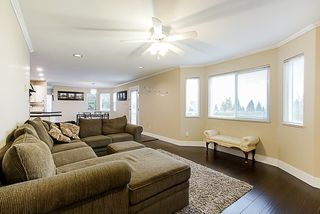 Photo 8: 7913 154 Street in Surrey: Fleetwood Tynehead House for sale : MLS®# R2334627