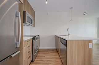 "Photo 5: 1815 13325 102A Avenue in Surrey: Whalley Condo for sale in ""ULTRA"" (North Surrey)  : MLS®# R2338116"