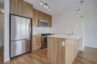 "Photo 4: 1815 13325 102A Avenue in Surrey: Whalley Condo for sale in ""ULTRA"" (North Surrey)  : MLS®# R2338116"