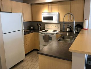 """Photo 5: 310 2768 CRANBERRY Drive in Vancouver: Kitsilano Condo for sale in """"Zydeco"""" (Vancouver West)  : MLS®# R2338988"""